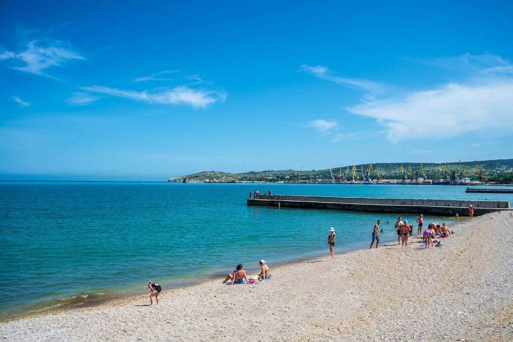 Первый городской пляж Феодосии (детский)