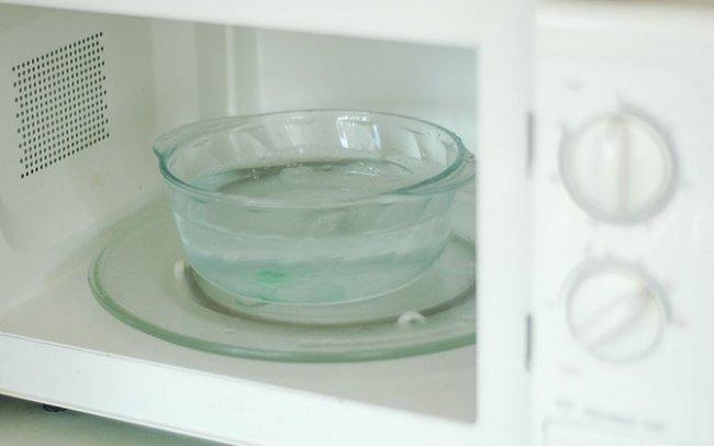 очистка микроволновки содой
