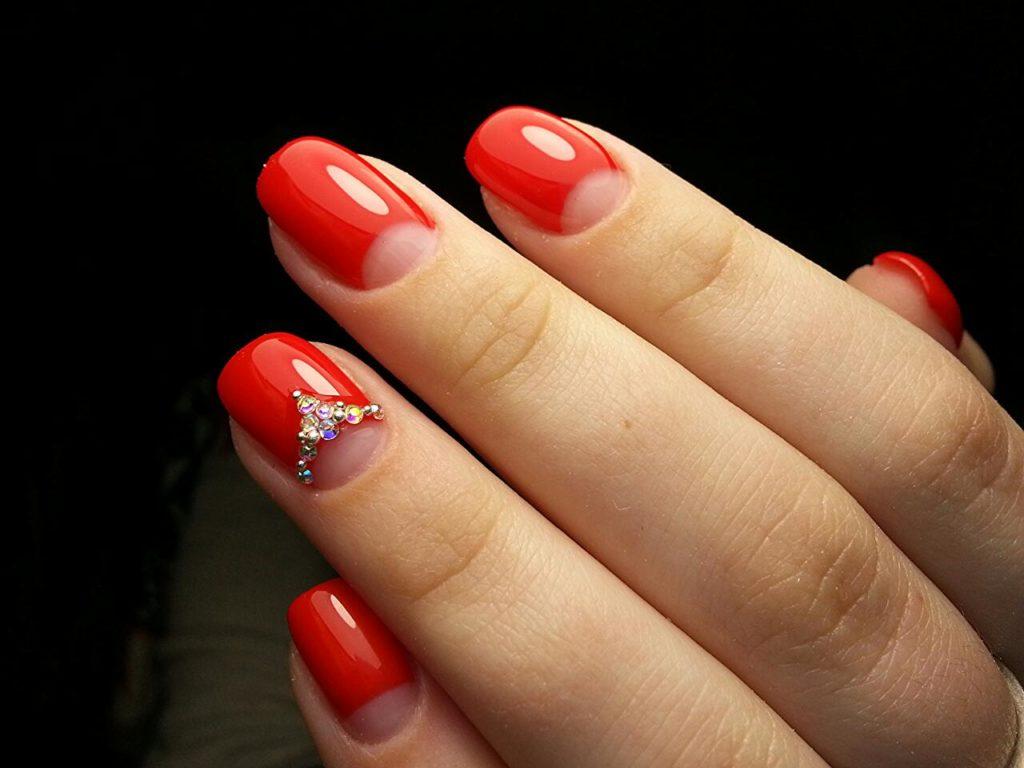 дизайн шеллака в красном цвете