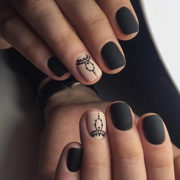 Модный дизайн матовых ногтей